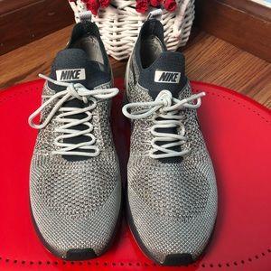 Nike Air Zoom Mariah flynknit racer woman SZ 8.5
